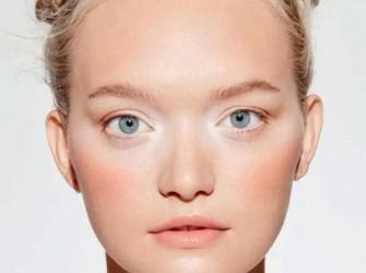 Υγρά ρούζ : Η νέα τάση στο μακιγιάζ και γιατί τα έχουμε αγαπήσει.